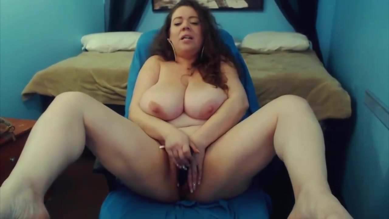 Ebony Big Tits Bouncing