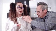 Li Loo- tiny asian improves her grades