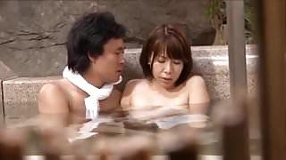 jap hot spring-wife2-onsen