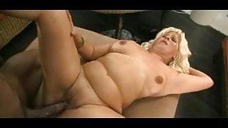 Phat ass Latina rides and grinds BBC