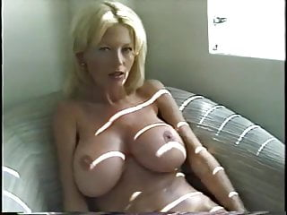 Naked ambition com Blonde ambition
