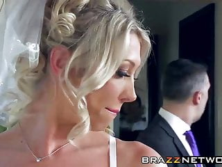 Wild sexy dresses - Sexy bride enjoys in wild anal fucking
