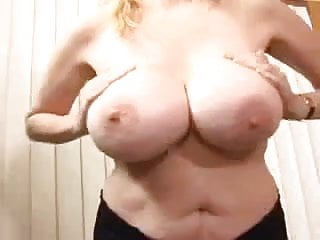 Photos classic busty mature woman Classic mature busty cougar