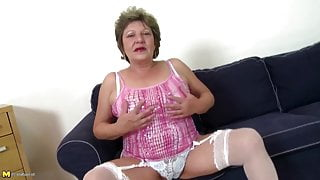 Old mature moms suck and fuck not their step sons