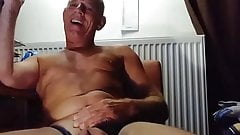 MUSCLE DADDY WITH PLAYS WITH MASSIVE COCK