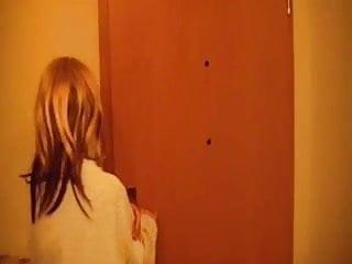Postman fucks mom porn She cant pay the postman -german-