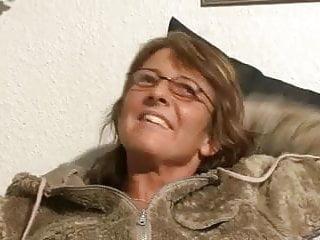Granny solo video porn Big tit granny solo
