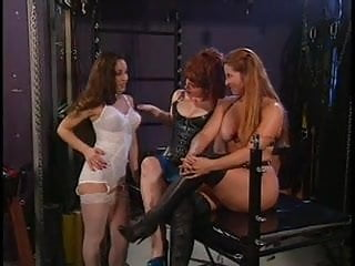 Hq lesbian petting tube - The mistress lets her pets play