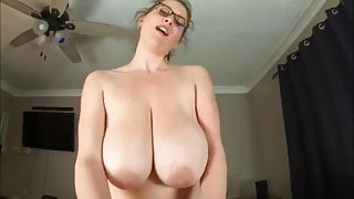 Fuck to orgasm stepmother with big natural boobs