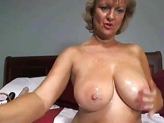 Sex at 17 Solo 17 hot blonde granny toying around