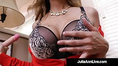 Dildo Drilling Diva Julia Ann Fucks Her Wet Mommy Muff!