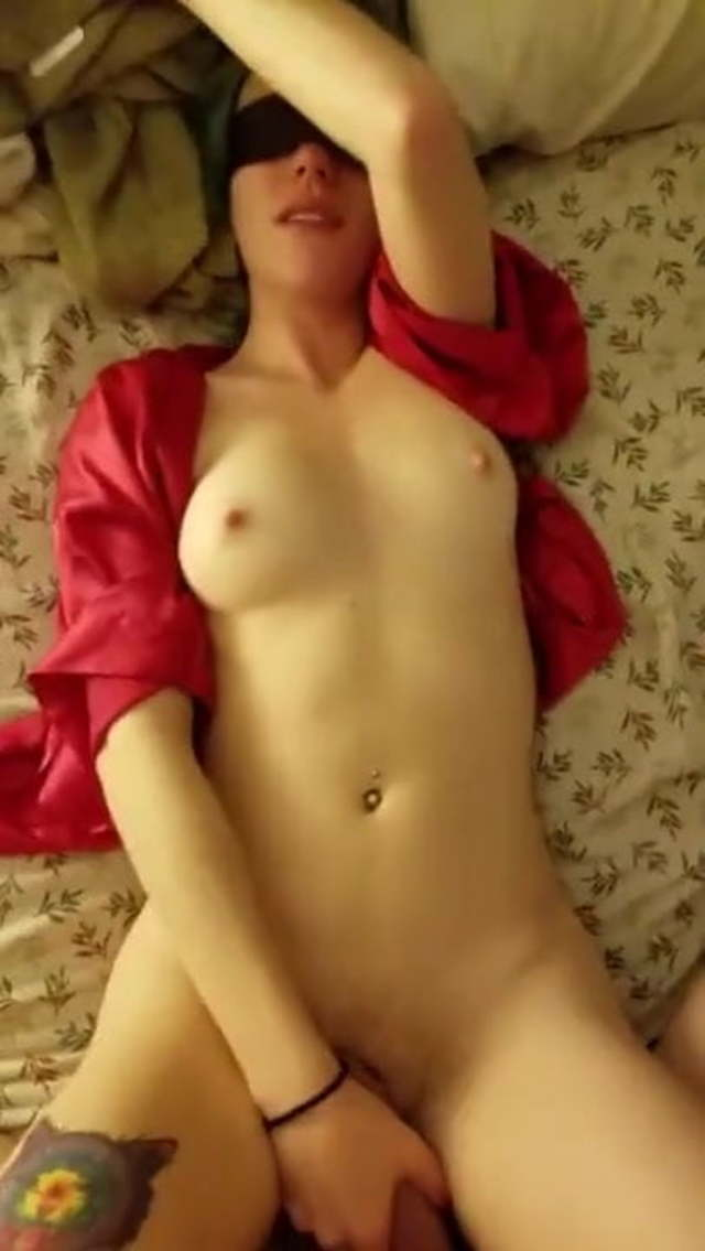 Amateur Wife Alone Dildo