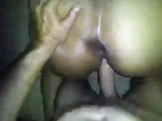 Do girls like it in the ass - Black girl likes it in the ass