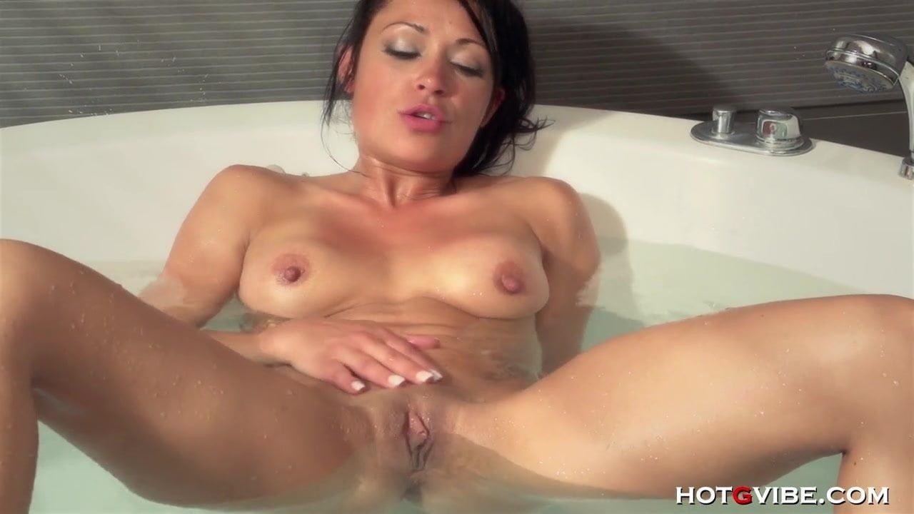 Latina orgasm tube