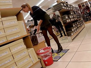 Amateur candid pantyhose Candid pantyhose