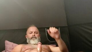 great looking daddy jerking