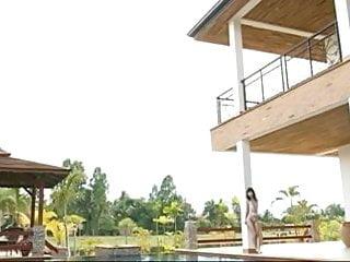 Non nude amateur teen pics Noriko kijima in swimpool - non nude