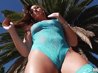 Ass fucking huge Omg its fucking huge - maddy oreilly