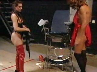 Transsexual domme Domme sissy gets big strapon