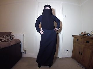 Naked burqa Burqa niqab fishnet pantyhose