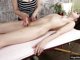 Nataha Normalek Gets Orgasms From Her Masseuse XhyfujZ