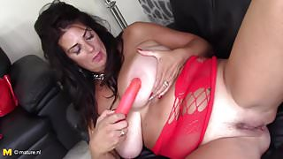 BEST mature mom on Earth with gorgeous body