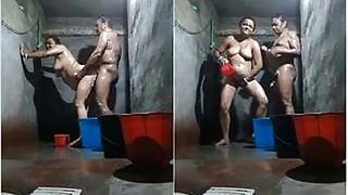 Indian desi mature milf couple bathing together and fucking