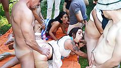 wild outdoor bukkake fuck orgy