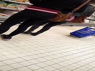 Video de cul teen Un bon cul de salope en leggings noir