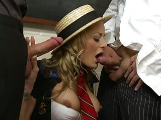 Facial hair regrowth time - Wavy haired slut in a staw hat sits on a cock and gives blowy at the same time