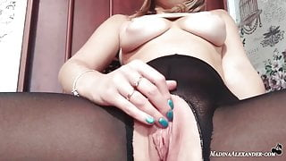 Babe Masturbates Pussy With Dildo and Has Squirting Orgasm in Torn Tights