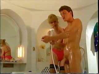 Lad fuck mom sex pics - Not your mom gives lad a bath