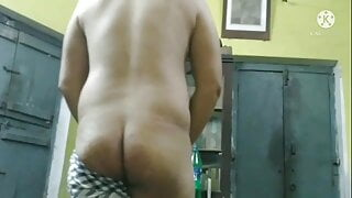 SexyRohan3- My Huge and Big Ass Shaking