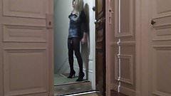 WAITING FOR SANTA CLAUS :)) OUT WALK
