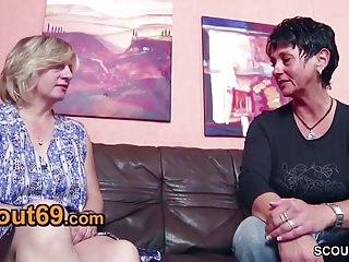 Rozalyn papa porn video Deutsche mutti und papa ueberreden putzfrau zum ficken