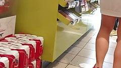 nude milf Nice ass at the shop big cock