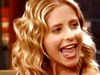 Celebrity talent beauty sex appeal - Sarah michelle gellar - tongue talent