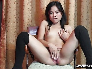 Shaved smooth cunts Slutty little asian lady drilling her smooth cunt with a dil