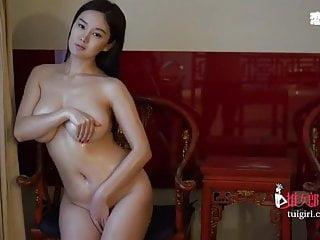 Soon-yi previn nude - Beautiful chinese model yi yang