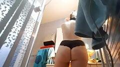 undress bathromm