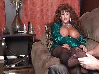 Satin blouse blowjobs - Satin blouse hottie