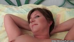 Hot granny gets her juicy pussy finger fucked deep