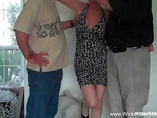 How to talk to boyfriend about sex - How about a 3some granny