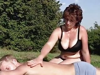Meeting woman for a threesome - Hot fuck 210 busty mature woman meets swedish pornstar
