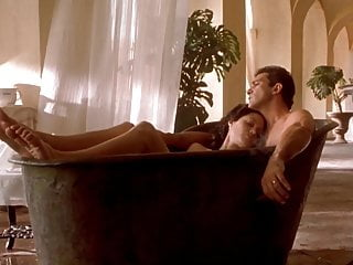 The orignal sin sexy scene Celebrity sex scene-angelina jolie in original sin 2001