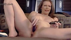 Amazing mature housewife with erotic masturbation