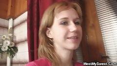 Wielki kutas pieprzy nastolatkę w łazience