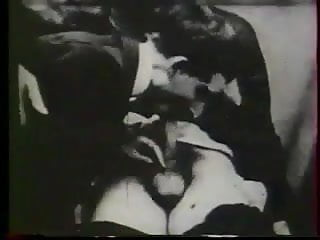 Gay movie sex with quiche A bit of french gay movie circa 1920