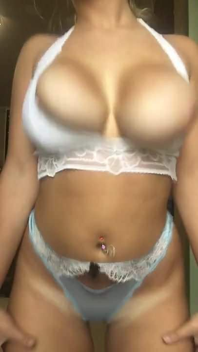 Big Tits Bra Striptease