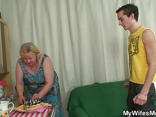 Granny fucking son in law videos Son in law bangs bangs old plumper from behind
